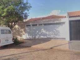 Casa excelente para alugar no residencial jóquei clube em Barretos