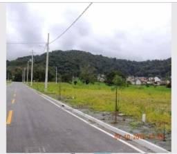 Terreno na área central de Pirabeiraba com 360m², escriturado, rua asfaltada