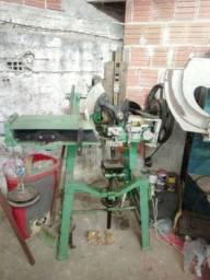 Máquina Para Fabricar Vassouras ( Tufadeira )