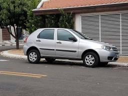 Fiat Palio com Ar Condicionado - 2007