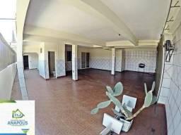 Sobrado na Vila Goiás, 4/4 sendo 3 suítes, 300 m² / próximo da praça do coreto