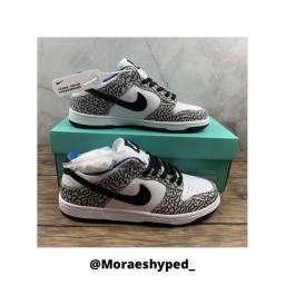 Nike dunk SB x Supreme