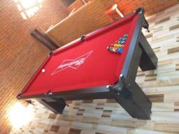 Mesa Charme 2,20 x 1,20 Cor Preta Tecido Vermelho Logo Budweiser CRZU4891