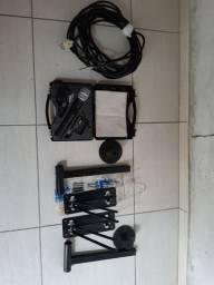 Microfone e supotes para caixa de som