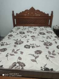Cama + colchão semi novos! Bem conservados e com preço muito bom. Apenas 790,00 reais