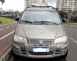 Vendo Fiat Ideia ADVENTURE 1.8 Ano 2010