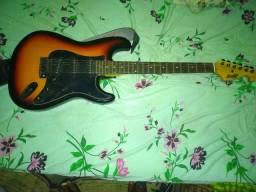 Guitarra Memphis 532