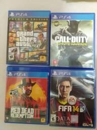 Título do anúncio: Vendo jogos mídia física usados de PS4