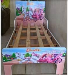 Título do anúncio: Cama da Barbie usada