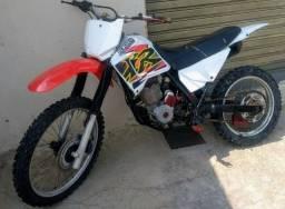 Título do anúncio: Xr moto de trilha+ equipamentos