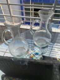 Título do anúncio: Conjunto de jarras para vinho