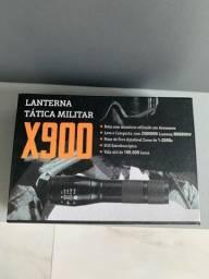 Lanterna tática militar
