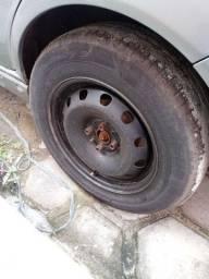 Troco pneu e roda 15 por um pneu e roda 14!