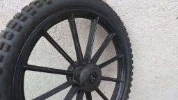 Vendo roda de bicicleta