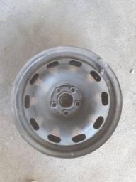 4 rodas de 5 furos aro 15 R$200,00