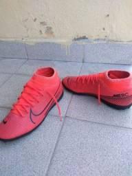 Título do anúncio: Chuteira Nike Mercurial socyete ela calça 38