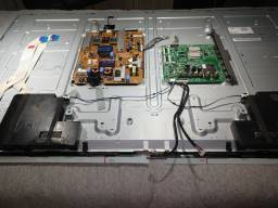 Título do anúncio: PAINEL LED TV LG 47LB6500 - COM PLACA FONTE + PLACA CENTRAL + AUTO FALANTES