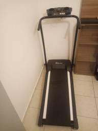 Esteira Elétrica Polimet EP-1600 Dobrável Preta - Bivolt<br><br>