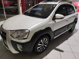 Toyota Etios Cross Hatch 1.5 Manual 2015