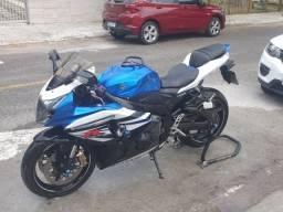Título do anúncio: Moto Suzuki Gsx-r 1000