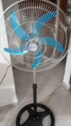 Título do anúncio: Ventilador e ar condicionado