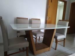Título do anúncio: Mesa de jantar madeira e acabamento laka de 6 lugares
