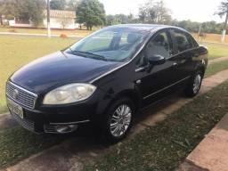 Fiat Linea preto - 2010