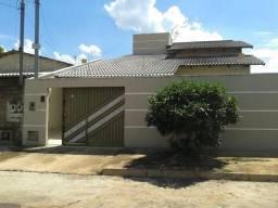 Casa de 3 quartos região Moinho dos ventos, 110 m área construida
