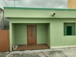 Casa Jockey - 3 qts, 2 banheiro, sala,cozinha,hall de circulação