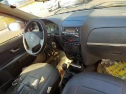 Vendo carro Strada - 2005
