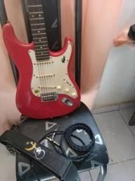 Vendo Guitarra com capa, cabo e talabarte