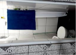 Alugo Casa, quarto, sala, cozinha e banheiro
