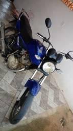 Vendo titan ks 150 3500 - 2004