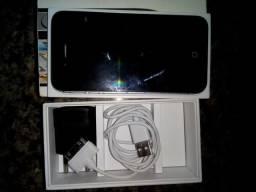 Vende se um iPhone 4s 16 gb