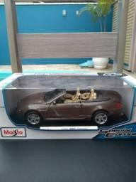 Miniatura BMW M6 Escala 1:18 impecável, Maisto Original na caixa, mais detalhes no Whats