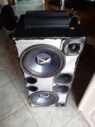 Estou vendendo essa caixa de som com módulo valor 700 reais