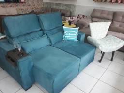 Sofá Retrátil e reclinável Deblun