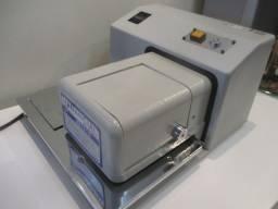 Máquina de assinar Manancial System 110V semi nova