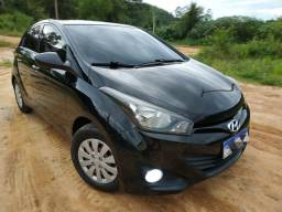 Vendo HB20 confort plus 13/14 completo