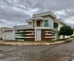 Sobrado com 4 quartos, 376 m² - Em excelente quadra, na 303 Sul - Palmas TO