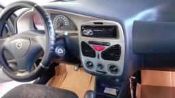 Vende-se um carro siena - 2007