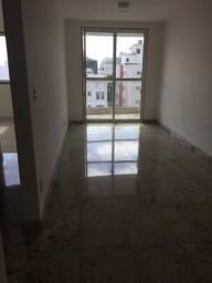 Aluga-se apartamento de dois quartos em Jardim da Penha