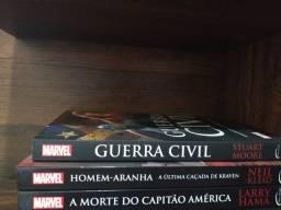 Livros da Marvel em Ótimo Estado