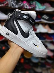 Nike air force low on