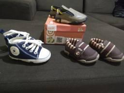 Calçados semi novos e roupas para bebê