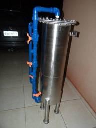Carcaça em aço inox, refil em polipropileno 60 mm diâmetro, 1000 mm comprimento.