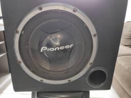 """Título do anúncio: Caixa Sub Pioneer 12"""""""