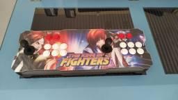 Bancada de fliperama híbrida , funciona no PS4 e já acompanha 13 mil jogos .