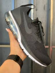 Tênis Air Max sequent