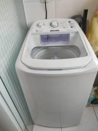 Título do anúncio: Máquina de lavar roupa Electrolux turbo economia 8,5kg